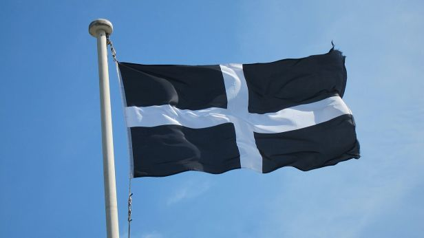 1280px-Cornwall_Saint_Piran_Flag